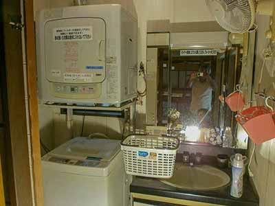 洗面・洗濯機・乾燥機 1F