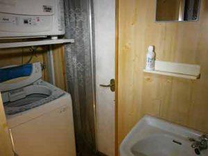 洗面所・洗濯機・乾燥機 1F