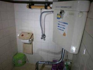 和式トイレ 1F